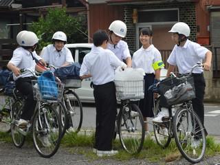 ヘルメット 中学生 自転車